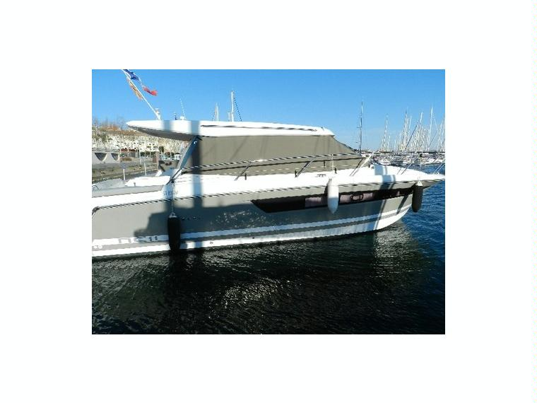 nc 11 en h rault bateaux avec cabine d 39 occasion 10254 inautia. Black Bedroom Furniture Sets. Home Design Ideas