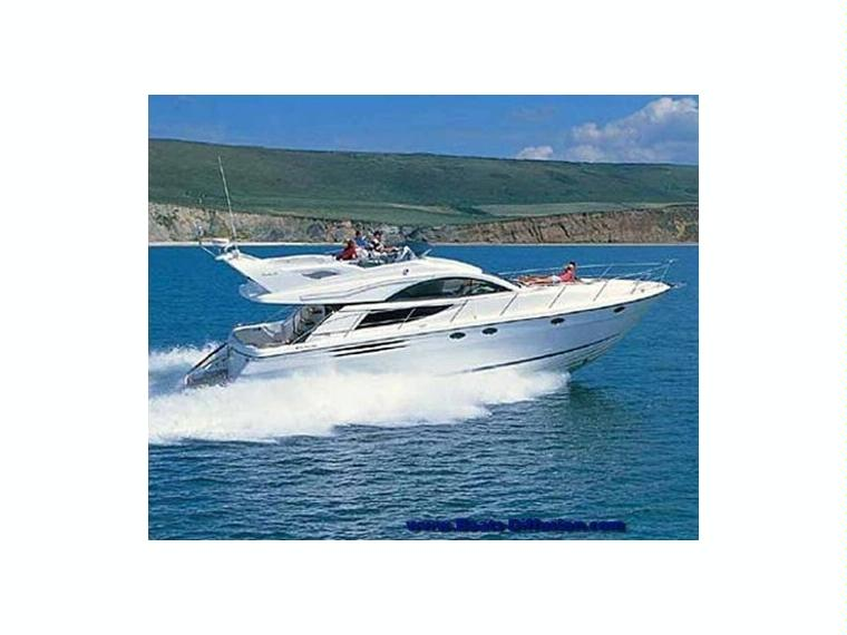fairline phantom 50 lt34628 en france bateaux croisi re. Black Bedroom Furniture Sets. Home Design Ideas